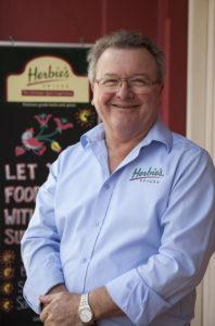 Hi.Ian Hemphill Headshot